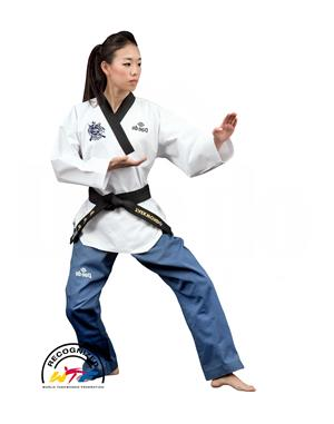 Dae Do Dobok WTF Poomsae Donna 1°-6° Dan Dae do (1° - 140cm - BIANCO BLU)